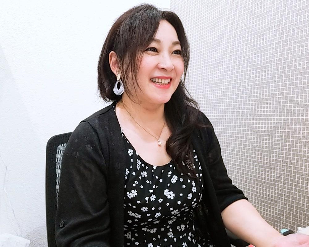 スピリチュアルカウンセリング&占いサロン「ミライなび」横浜元町中華街で当たると人気な占い師4:ホノミ先生