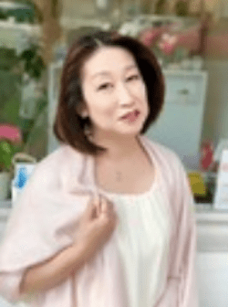 占いBLUE ROSEB -青いバラの花言葉-でおすすめの占い師:薔(ゆた)先生
