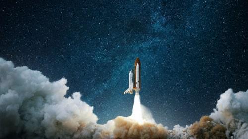 ロケットが発射している画像